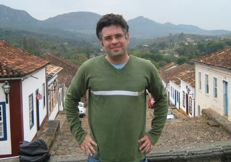 Prof. Doutor Douglas Garcia Alves Junior